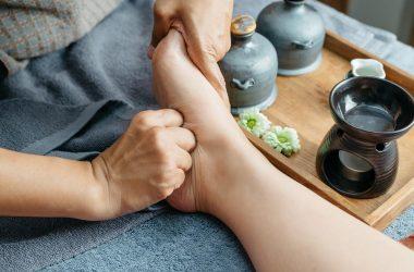 How to Treat Dry, Cracked & Peeling Feet Naturally